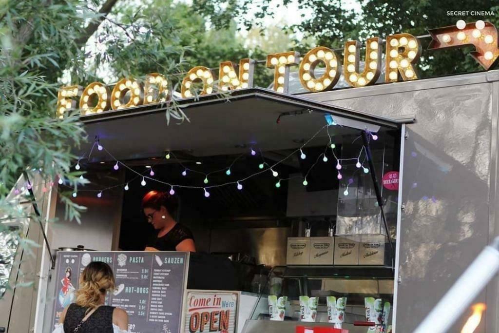 FOOD ON TOUR