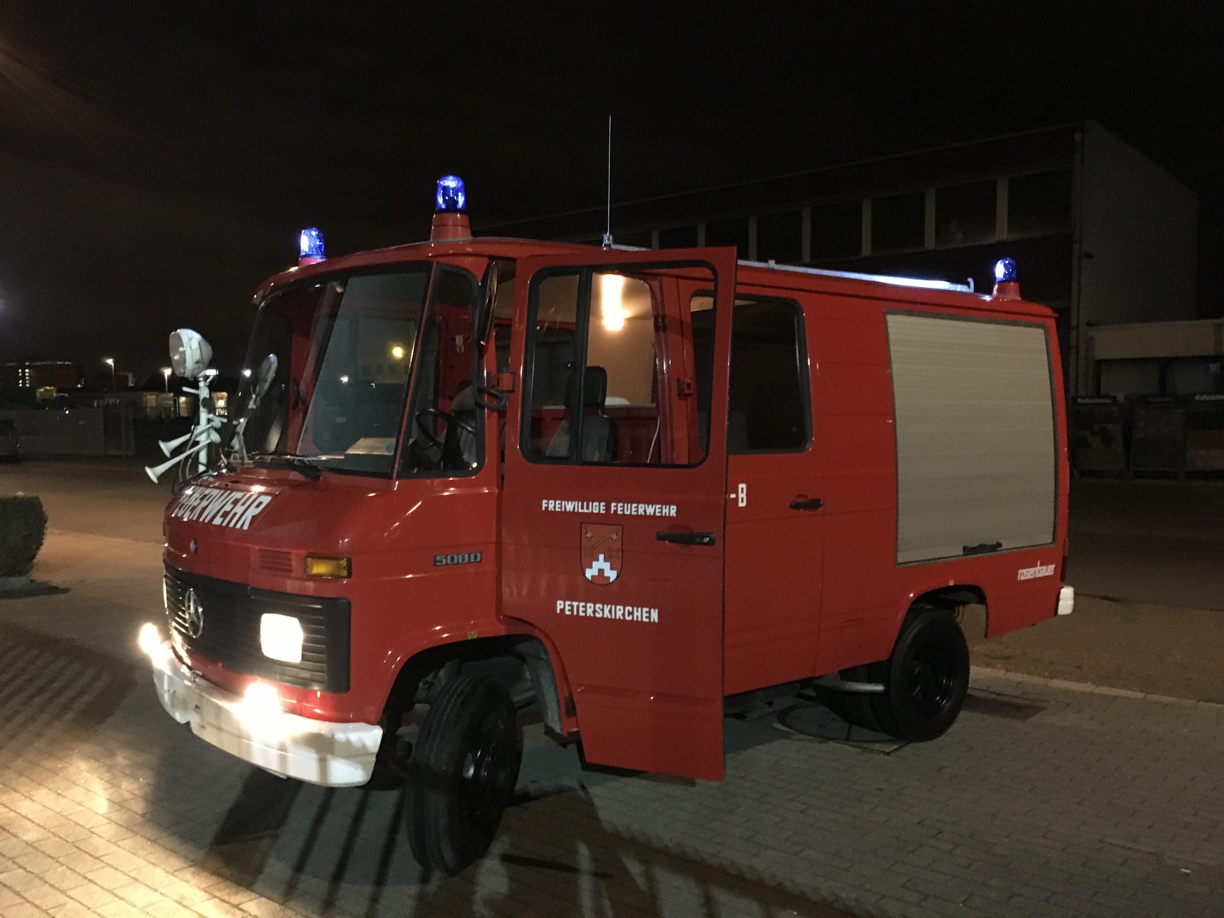 Mercedes 508D brandweerwagen PROJECT 2
